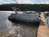 USED 20' PLAYBOUY PONTOON